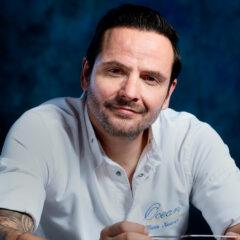 Chef Hans Neuner receives third straight 'Platinum Fork' award